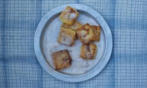 Spanish leche fritta with cinnamon
