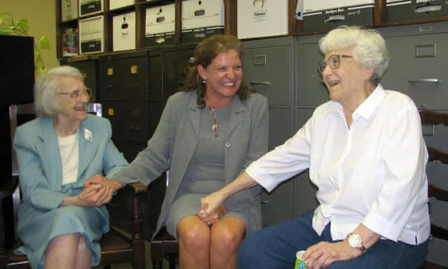 Alice Finch Lee and Harper Lee in 2006