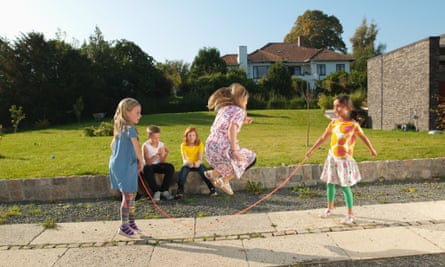 Girls playing with a jump rope