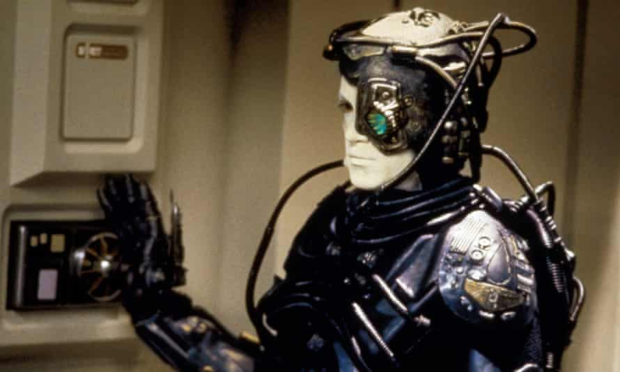 """Although science fiction hive minds are often terrifying, as The Borg in Star Trek, the scientists behind the """"brain net"""" experiments believe it has many positive applications."""