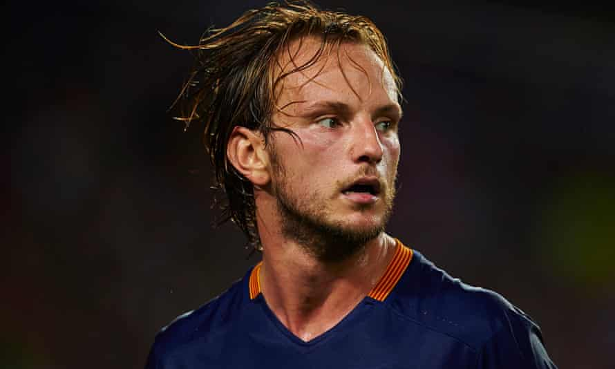 Ivan Rakitic says playing with Barcelona's front three, Lionel Messi, Luis Suárez and Neymar, is not quite as easy as it looks.