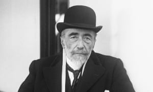 Joseph Conrad, author of Heart of Darkness (No 32), arriving in New York in 1923.