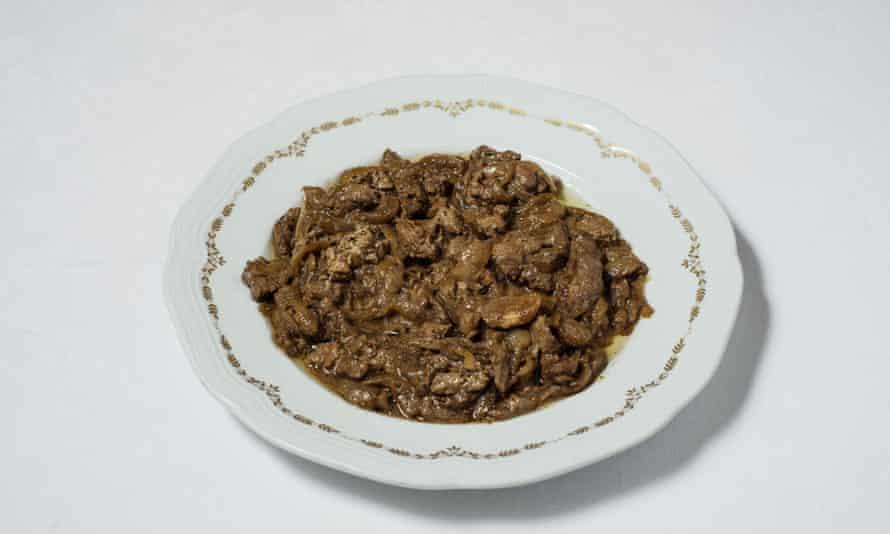 Meat and greet: fegato con cipolla (liver with onions).