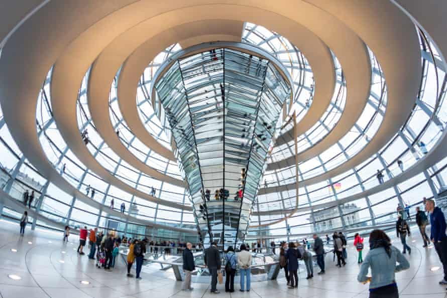 An amazing inside view of the Reichstag dome.