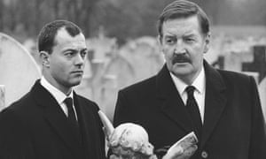 Ray McAnally as prime minister Harry Perkins with Keith Allen his secretary in A Very British Coup
