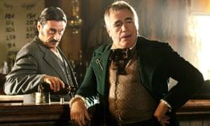 Al Swearengen (Ian McShane) and Jack Langrishe (Brian Cox) in Deadwood