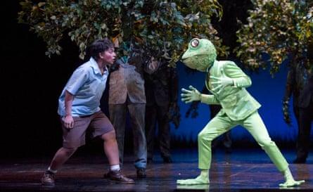 Child (Danielle de Niese) and Frog (François Piolino) in Glyndebourne's L'enfant et les sortilèges.