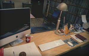 Murakami desk