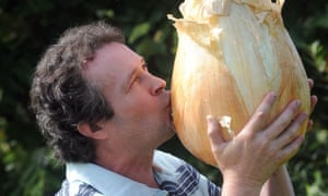Tony Glover with his world record-breaking onion.