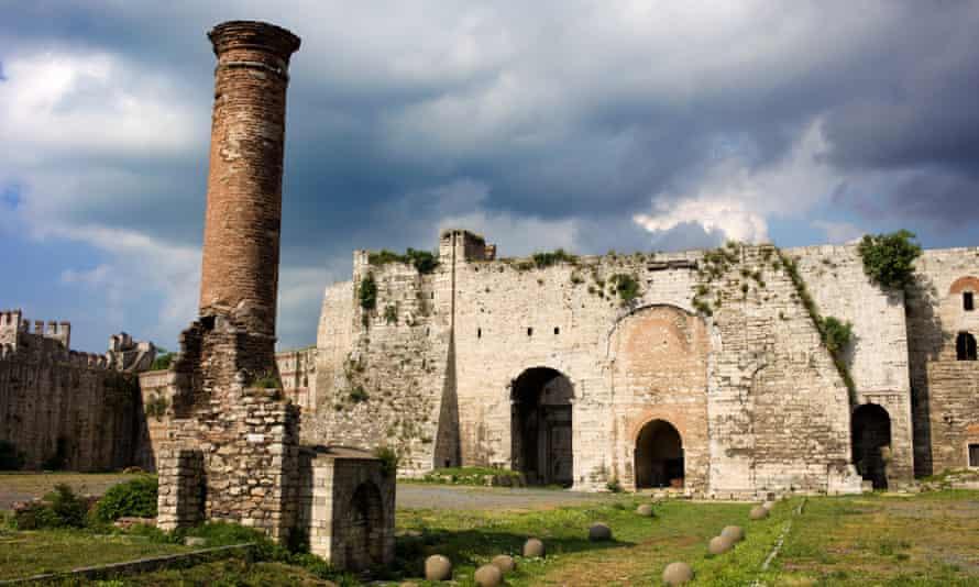 Yedikule Castle (Castle of Sevens Towers)