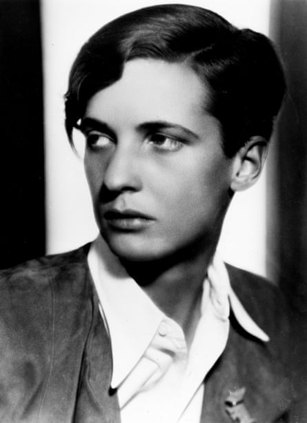 This portrait of Annemarie Schwarzenbach was first published in 1933.