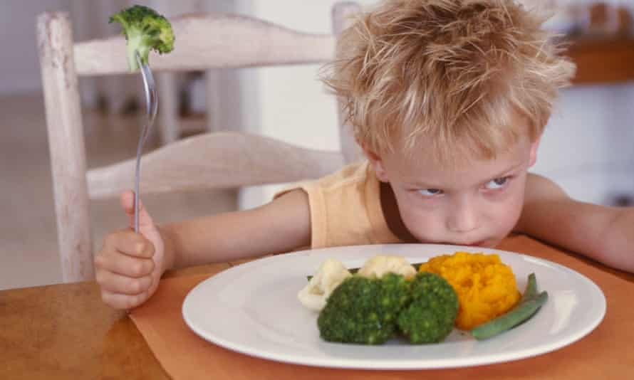 Fussy eater, picky eater, child, healthy food, broccoli