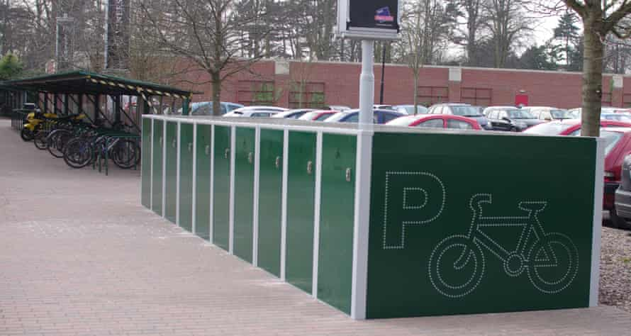 Park and pedal lockers in York