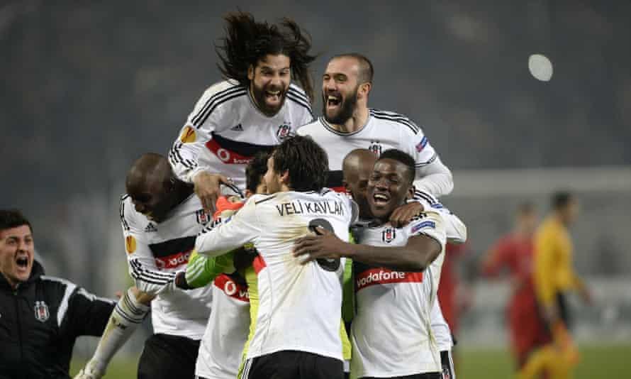 Beşiktaş in action.