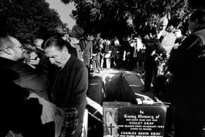 "Former adversary of the Kray twin's Firm ""Mad"" Frankie Fraser, a notorious British villain who had spent forty six years in prison, pays his respects at the graveside of Reggie Kray"