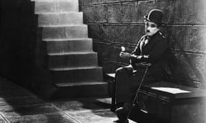 Charlie Chaplin in a scene from City Lights (1931).