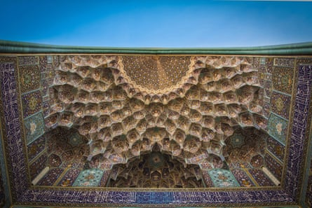 The Jame-e Abbasi mosque in Naqsh-e Jahan square, Esfahan.