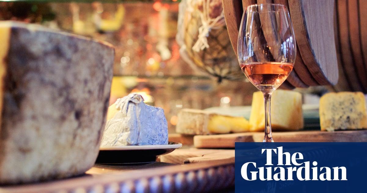 Top 10 caves à manger in Paris | Travel | The Guardian