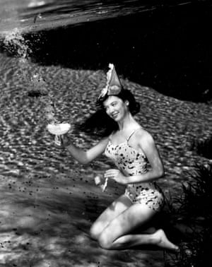 Silver Springs Underwater (Cocktail Party Cheers) by Bruce Mozert