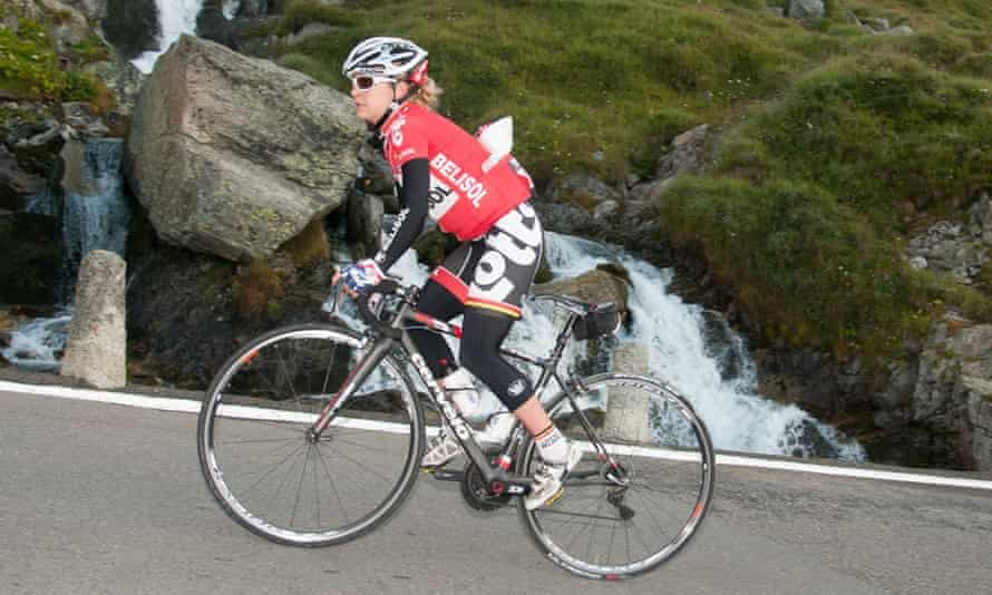 Emma Pooley tackles the Haute Route Dolomites in 2014