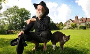 Terry Pratchett in 2008.