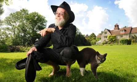 Terry Pratchett in 2008.