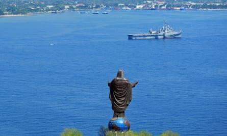 The dramatic Cristo Rei of Dili.