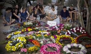 Mourners at grave of Shira Banki
