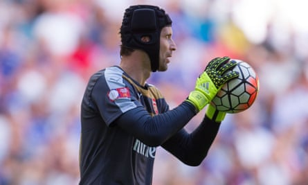 Petr Cech's presence in the Arsenal team could make a significant difference to the club's form.