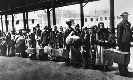 Ellis Island, first port of call of European migrants to America, c.1900.
