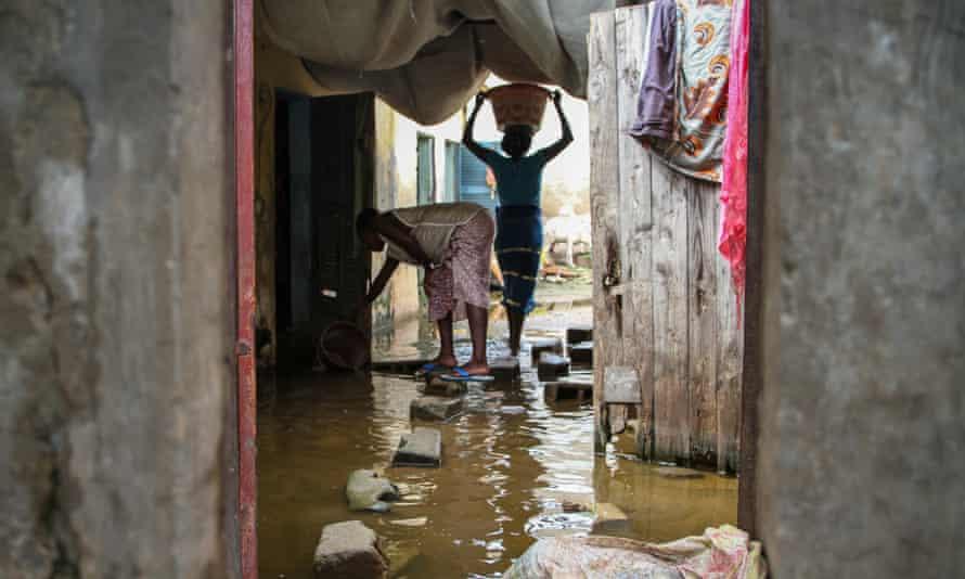 slum in dakar, senegal