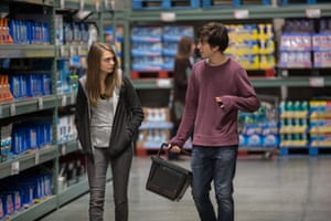 Cara Delevingne and Nat Wolff in the  film of John Green's Paper Towns