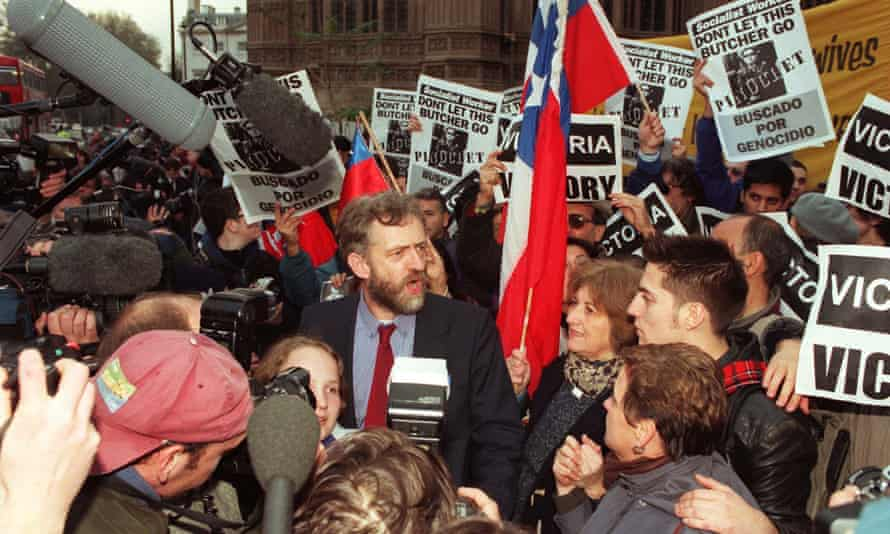 Corbyn with anti-Pinochet demonstrators outside the House of Commons in 1998.