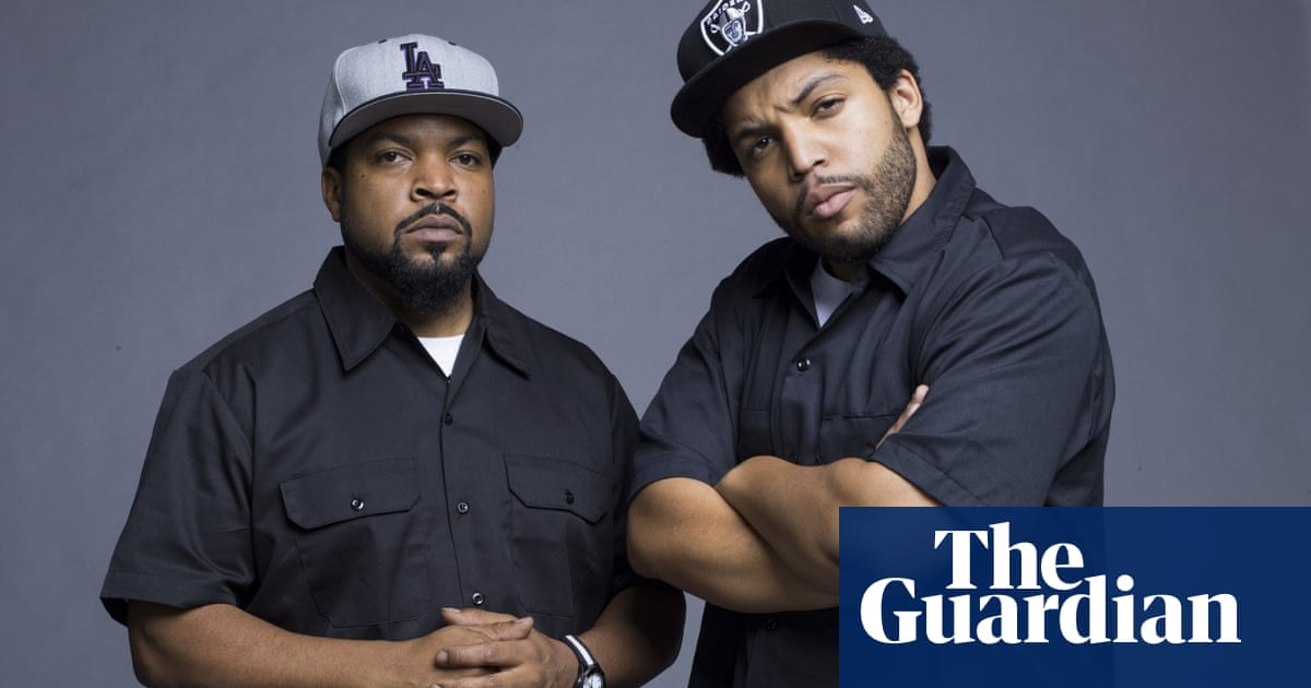 straight outta compton hit biopic raps up nwa story cleanly film the guardian. Black Bedroom Furniture Sets. Home Design Ideas