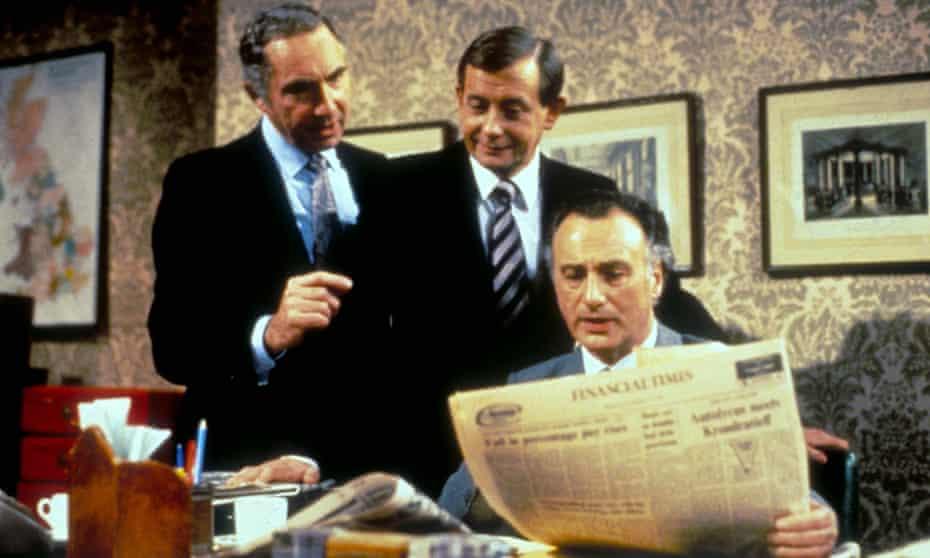 Nigel Hawthorne, Derek Fowlds and Paul Eddington in Yes Prime Minister