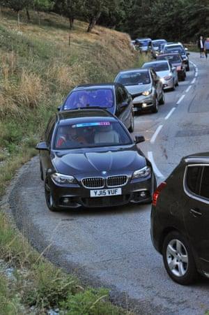 Cars in a queue