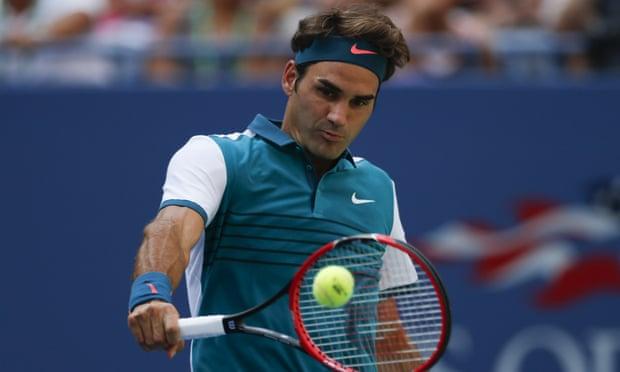 Federer tung nhưng tuyệt kĩ hoa mỹ khiến đối thủ hoa mắt