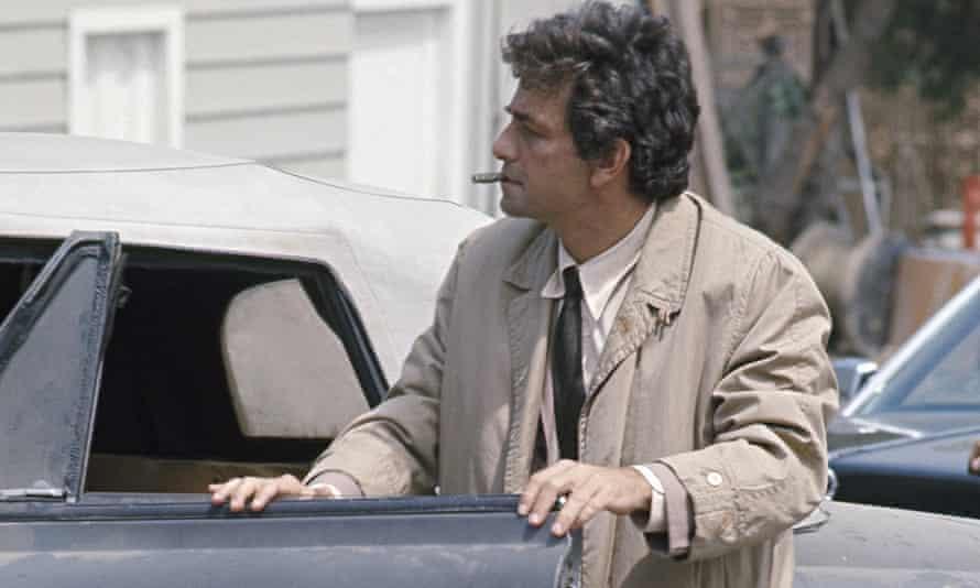 Peter Falk as Lt Columbo
