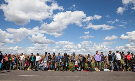 Refugees on Serbian-Hungarian border
