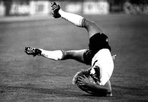 Jurgen Klinsmann falls in the World Cup Final 1990