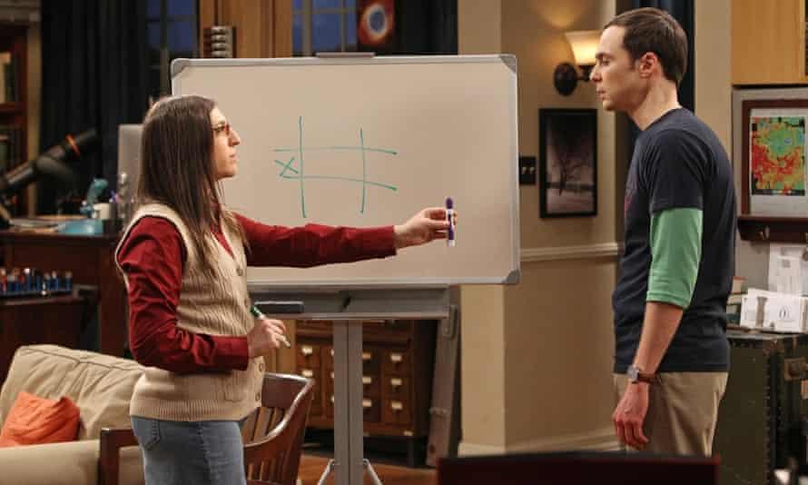 Mayim Bialik in The Big Bang Theory with Jim Parsons.