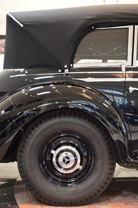 panel hitler car