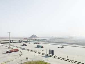 Access road to the container terminal, Yangshan, China