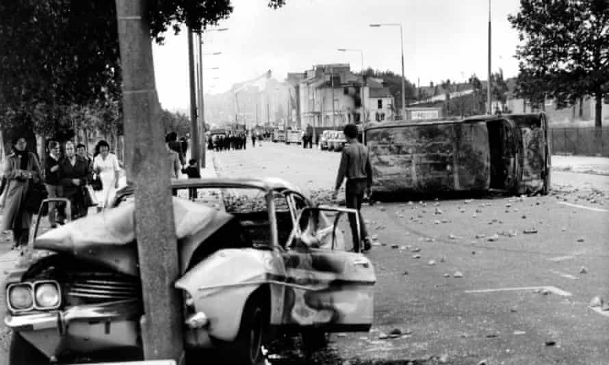 'An arena had been created': rioters made barricades out of stolen cars.