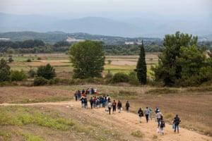 Refugees making their way to Macedonia/Greece border crossing from Eidomeni, Greece.