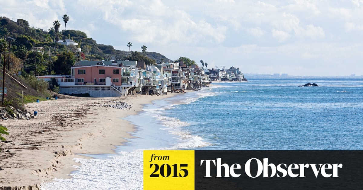 460d257d9e Malibu's celebrity homeowners try to block public beach use | US ...
