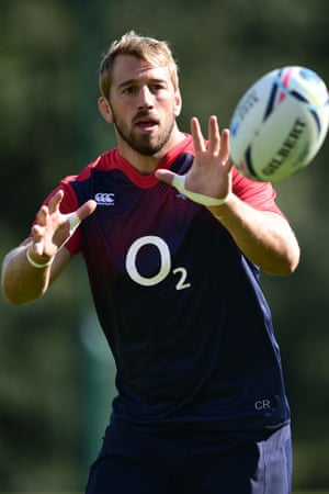 England captain Chris Robshaw in training last week.