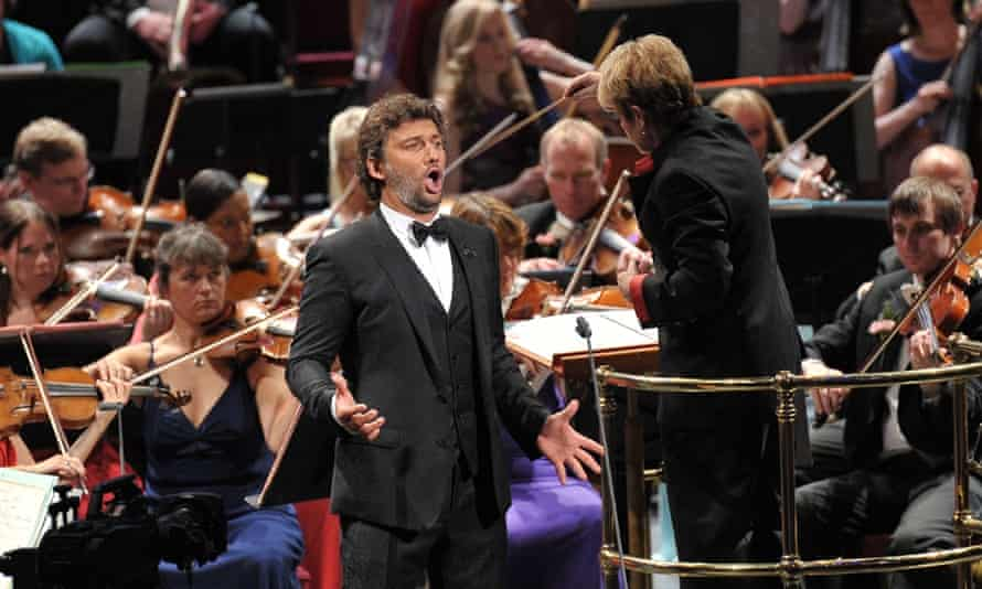 Jonas Kaufmann performs Puccini arias with the BBC Symphony Orchestra