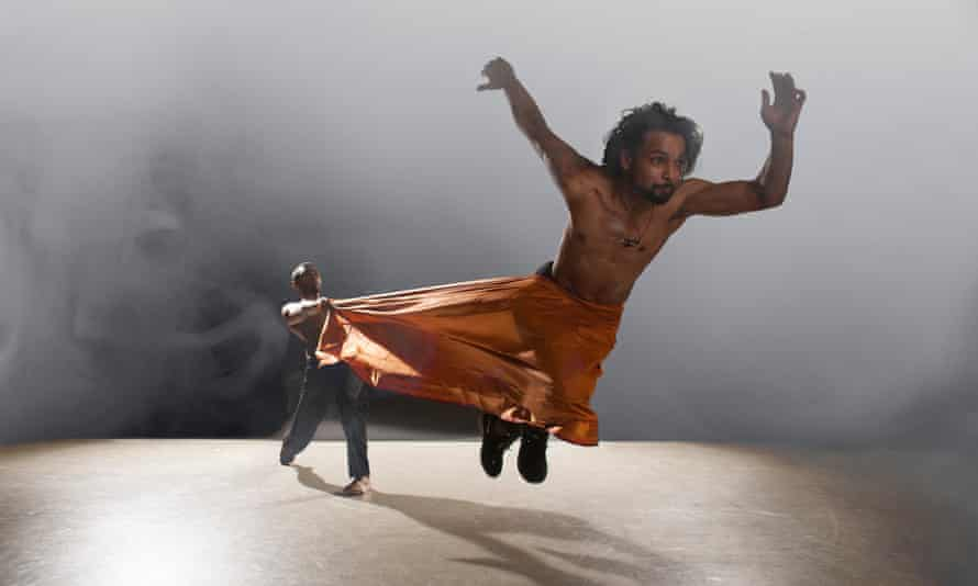 Sooraj Subramaniam (standing) and Shailesh Bahoran (flying) in Shobana Jeyasingh Dance's Material Men.