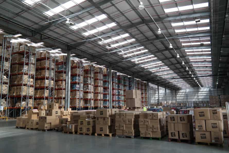 A distribution shed at DP World London Gateway Port and Logistics Park.